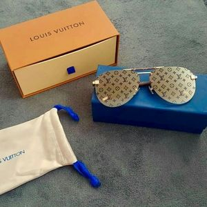 Louis Vuitton Z1109E Mirrored Monogram Sunglasses